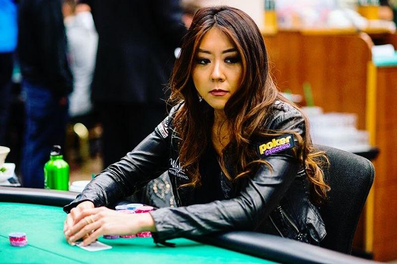 Bagaimana cara menang main poker? Tips ahli dari para