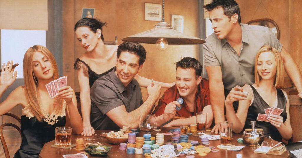 """Pat """"Friends"""" dalībniekiem patika spēlēt kārtis"""