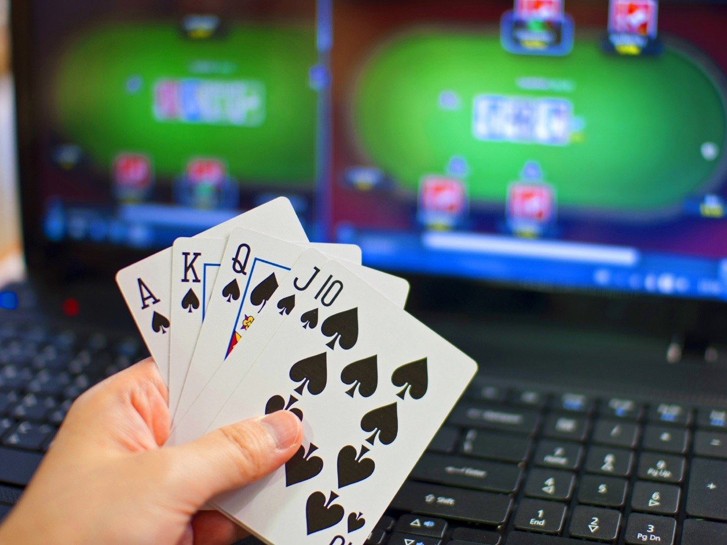 ТОП-5 вещей, о которых надо узнать перед игрой в онлайн-покер